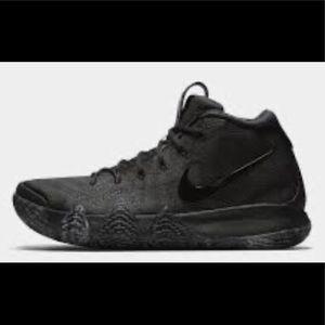 Nike Kyrie 4s
